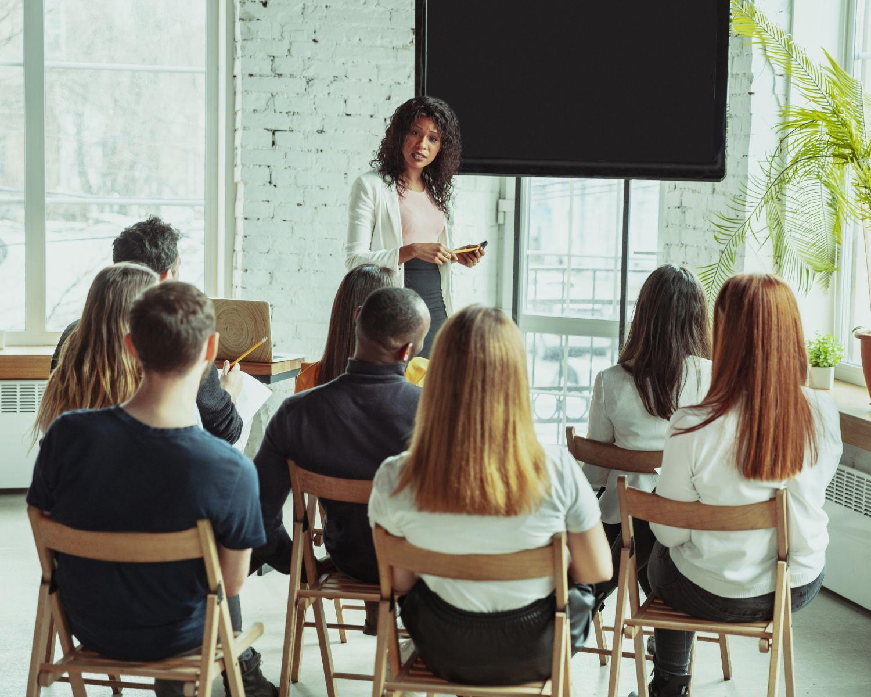 "IO2 – Training ""intercultural guide"""